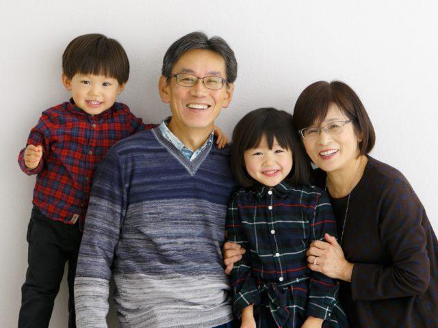 家族アルバム「おじいちゃん・おばあちゃんと」
